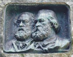 bas-relief-commemoratif-de-millet-et-de-rousseau-barbizon.jpg