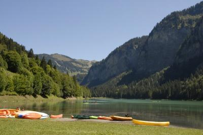 Canoes lake montriond