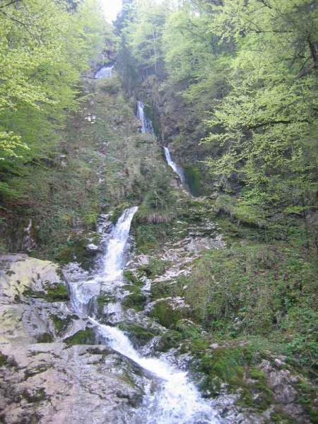 La cascade de bellevaux